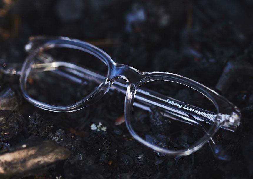 Glasögon av växtbaserad acetat